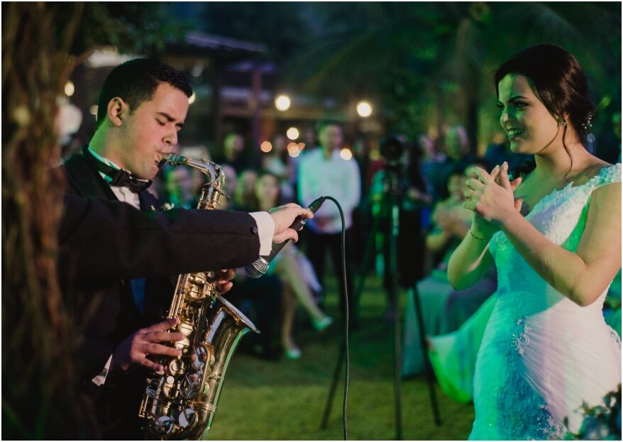 Casando com Música: muita música ao vivo desde a cerimônia, recepção até a festa!