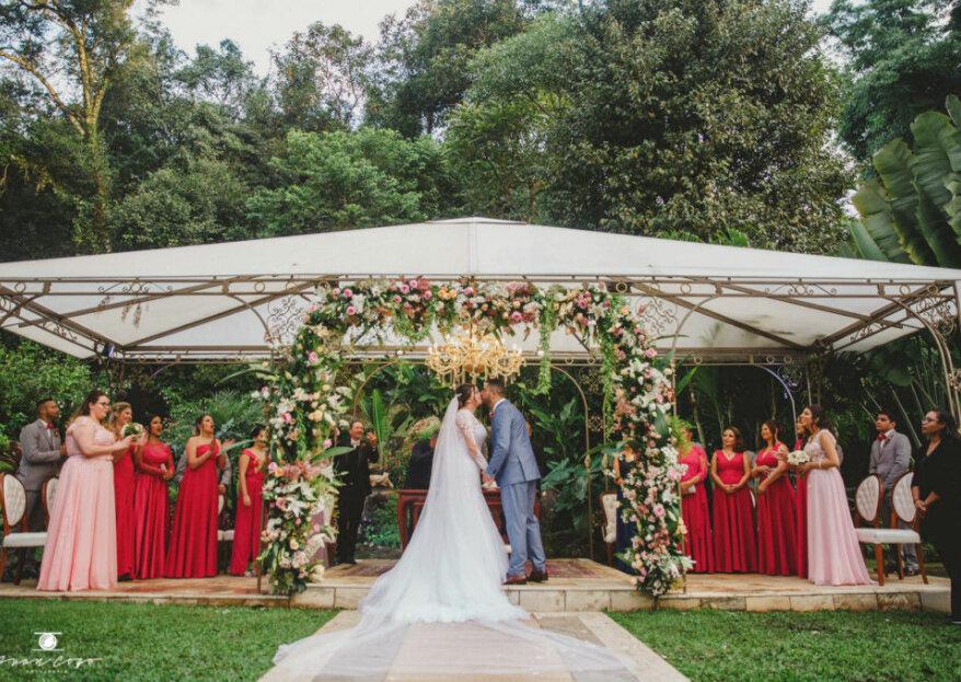 Graziele & Junior: casamento rústico chic repleto de detalhes românticos celebrado nos belíssimos jardins do Ravena Garden.