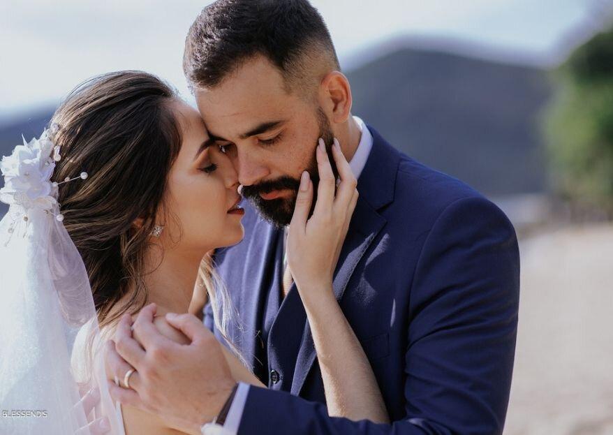Débora & Fellipe: Casamento dos sonhos pertinho do mar para coroar uma linda história de amor