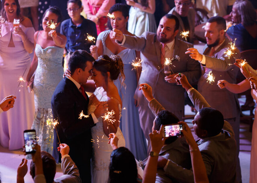 Música ao vivo no casamento: diferentes tipos de corais e orquestras para você escolher!