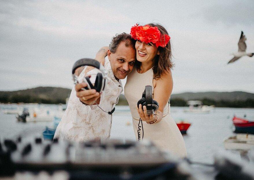Married DJs: conte com a dupla de DJs para multiplicar a animação da pista de dança do seu casamento!