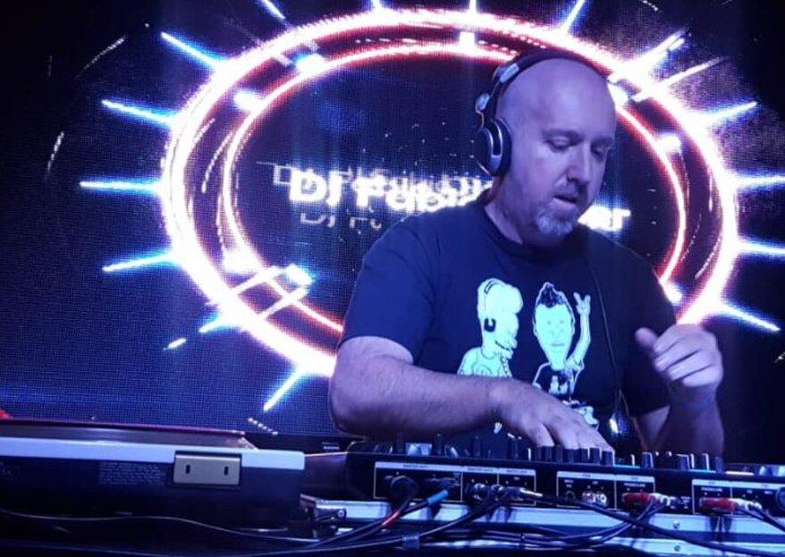 DJ Fabio Reder: Garanta uma trilha sonora inesquecível para o dia mais feliz da sua vida!