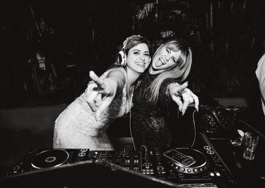 DJ Scarlet: escolha a DJ ideal para tocar a trilha sonora perfeita no seu casamento!