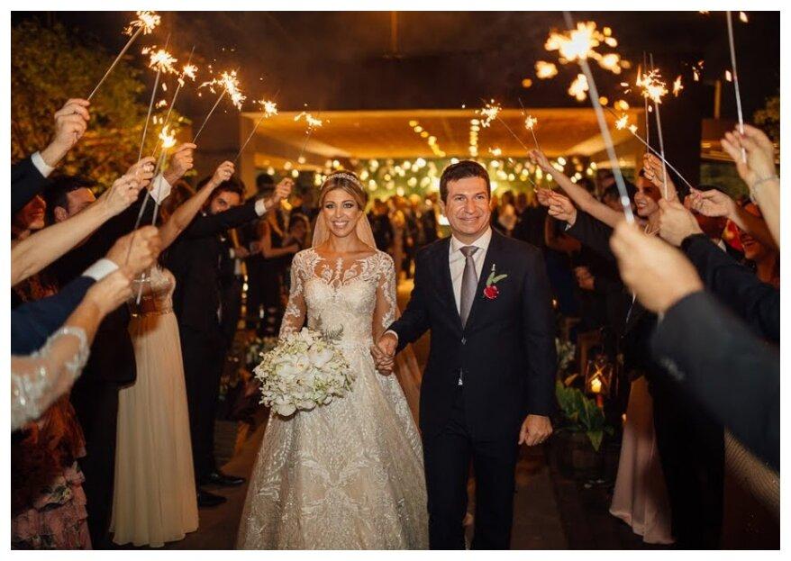 O lindo dia de Marcela e Camilo: um casamento colorido, cheio de vida e amor