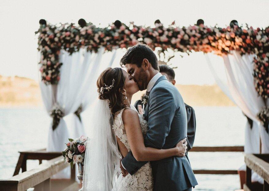 Casamento ao ar livre rústico de Alessandra &André: o amor de carnaval que subiu a serra e foi celebrado em uma LINDA chácara no Paraná!