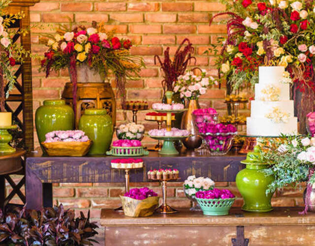 Aluguel de móveis e materiais para casamentos Volta Redonda