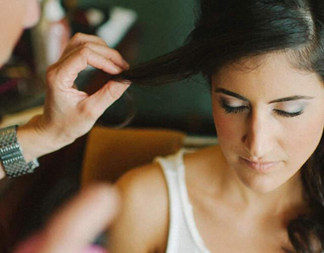 Cabelo e maquiagem para noivas e convidadas Ubatuba